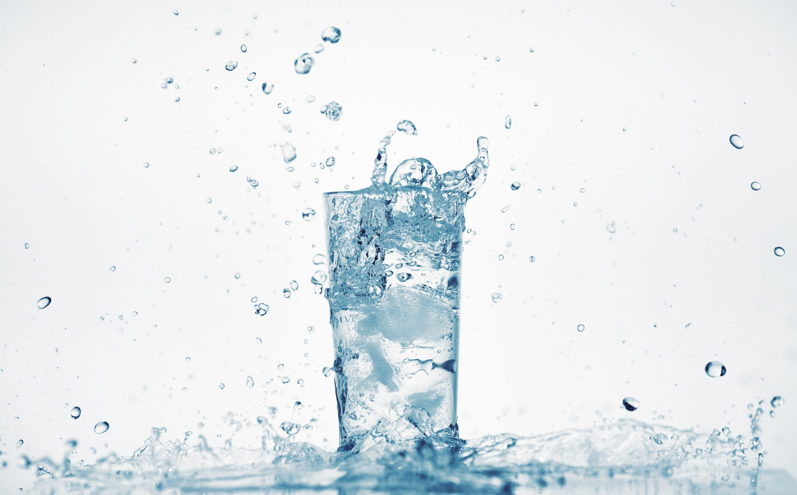 Drinking Water in San Francisco Bay Area | Water Service | Beverage Vending Machine